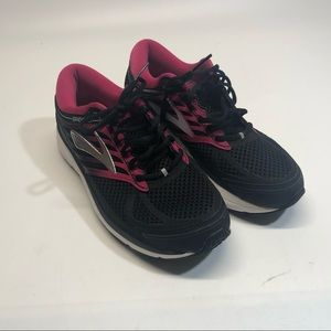 Brooks women shoes without insoles, used